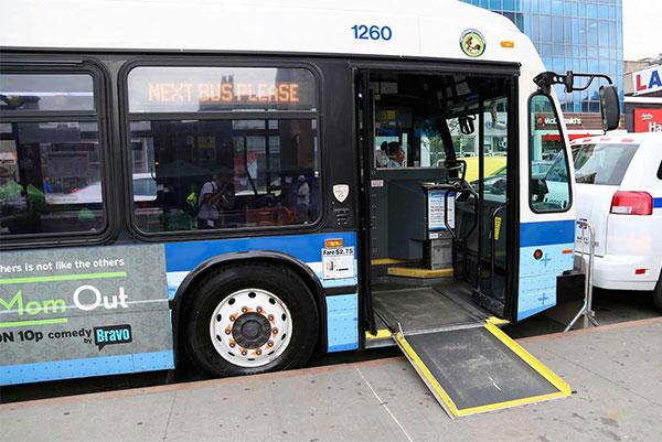 bus avec rampe